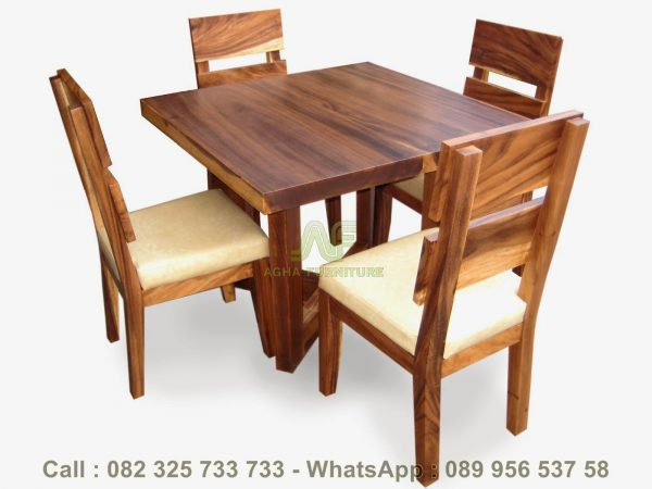 Set Meja Kursi Cafe Kayu Trembesi