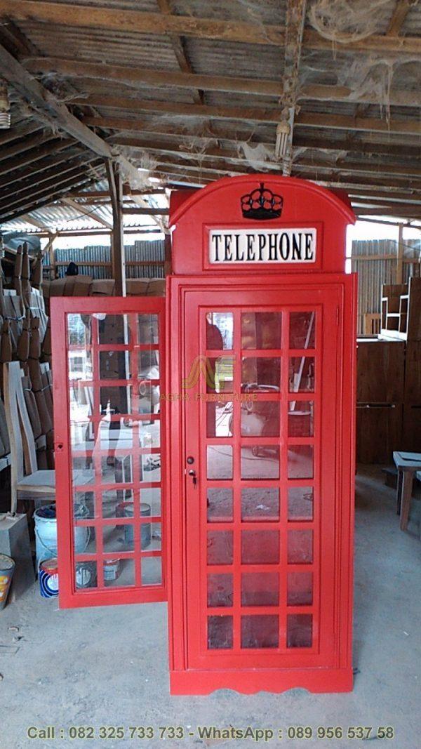Lemari Box Telepon Inggris